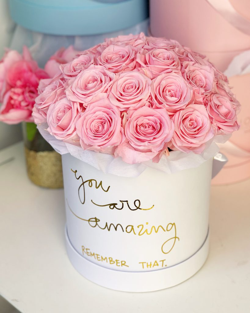 infinity roses pink